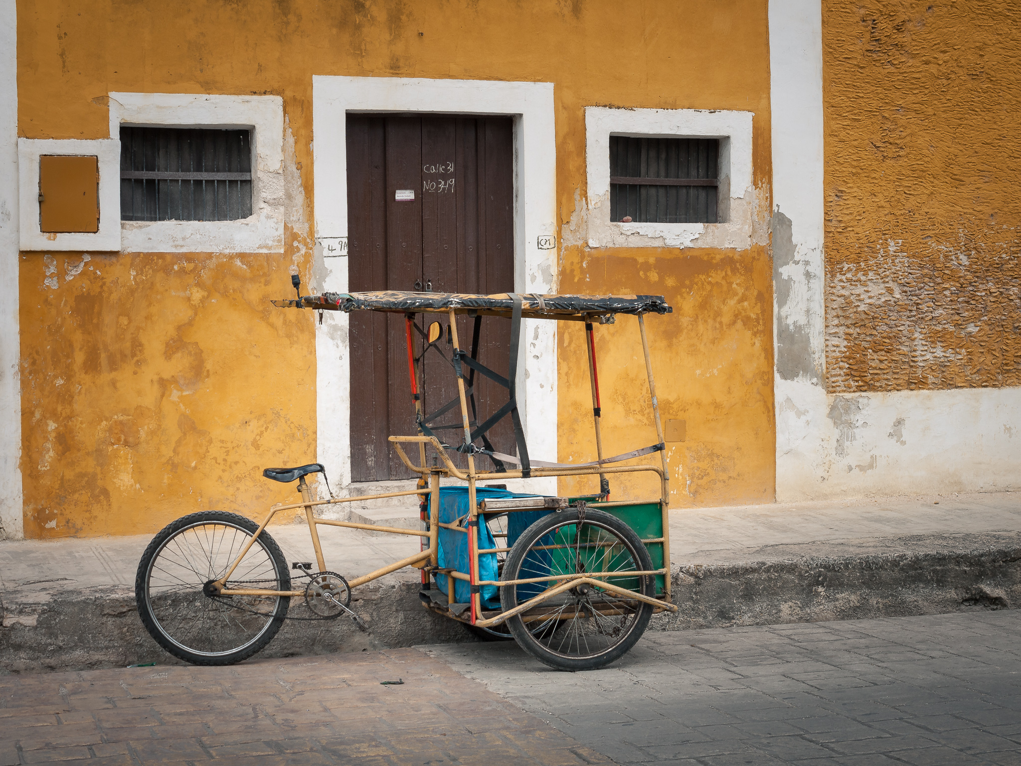 Cart in Izamal