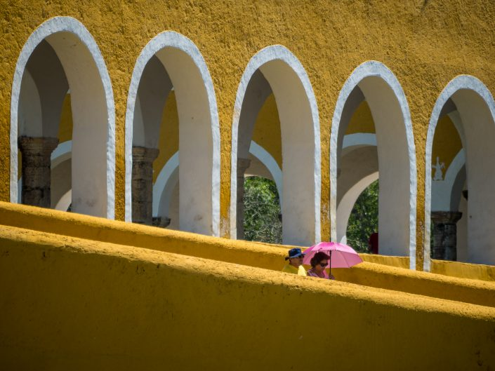 Pink Umbrella, Izamal