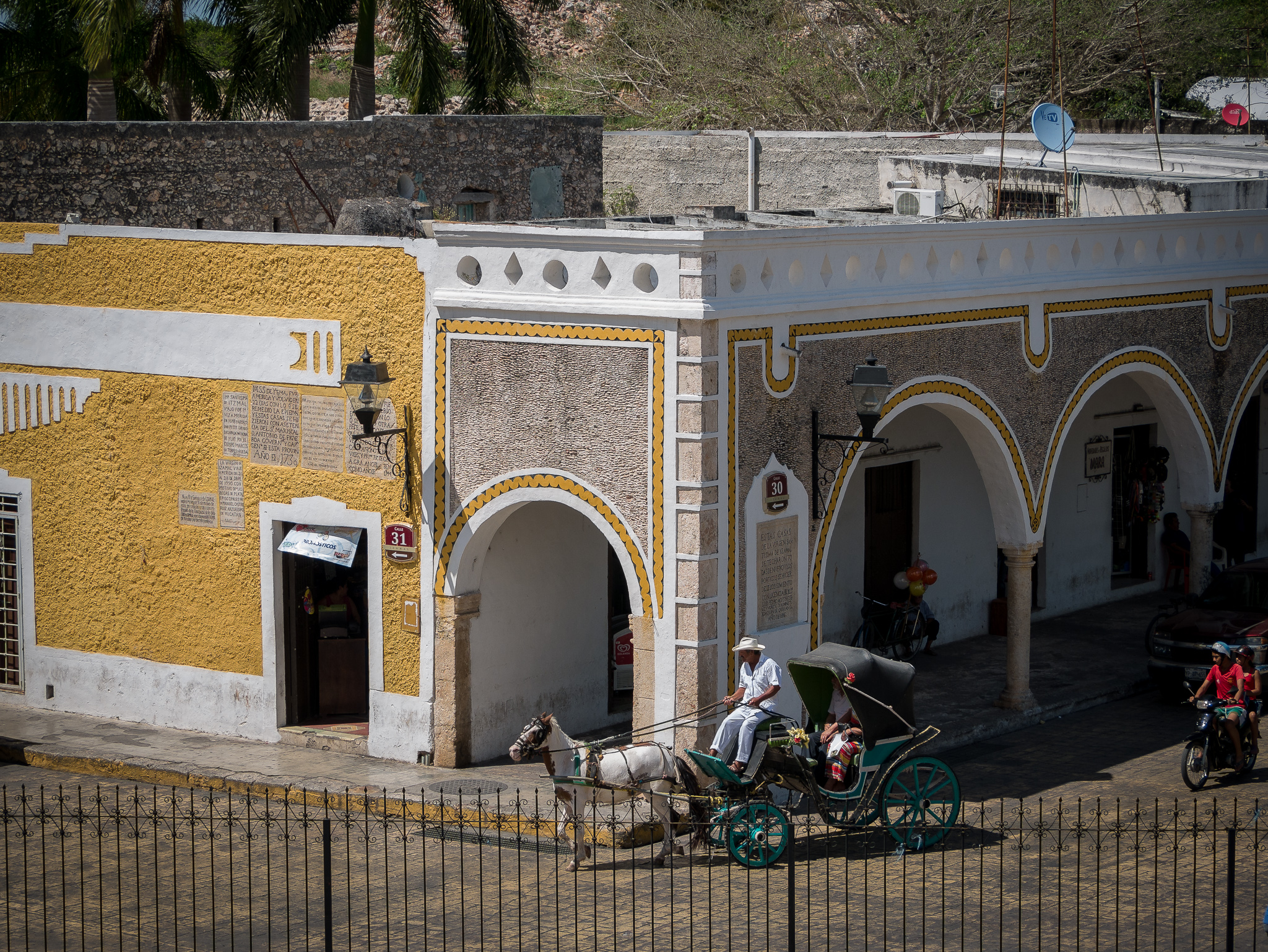 Horse and Carriage, Izamal