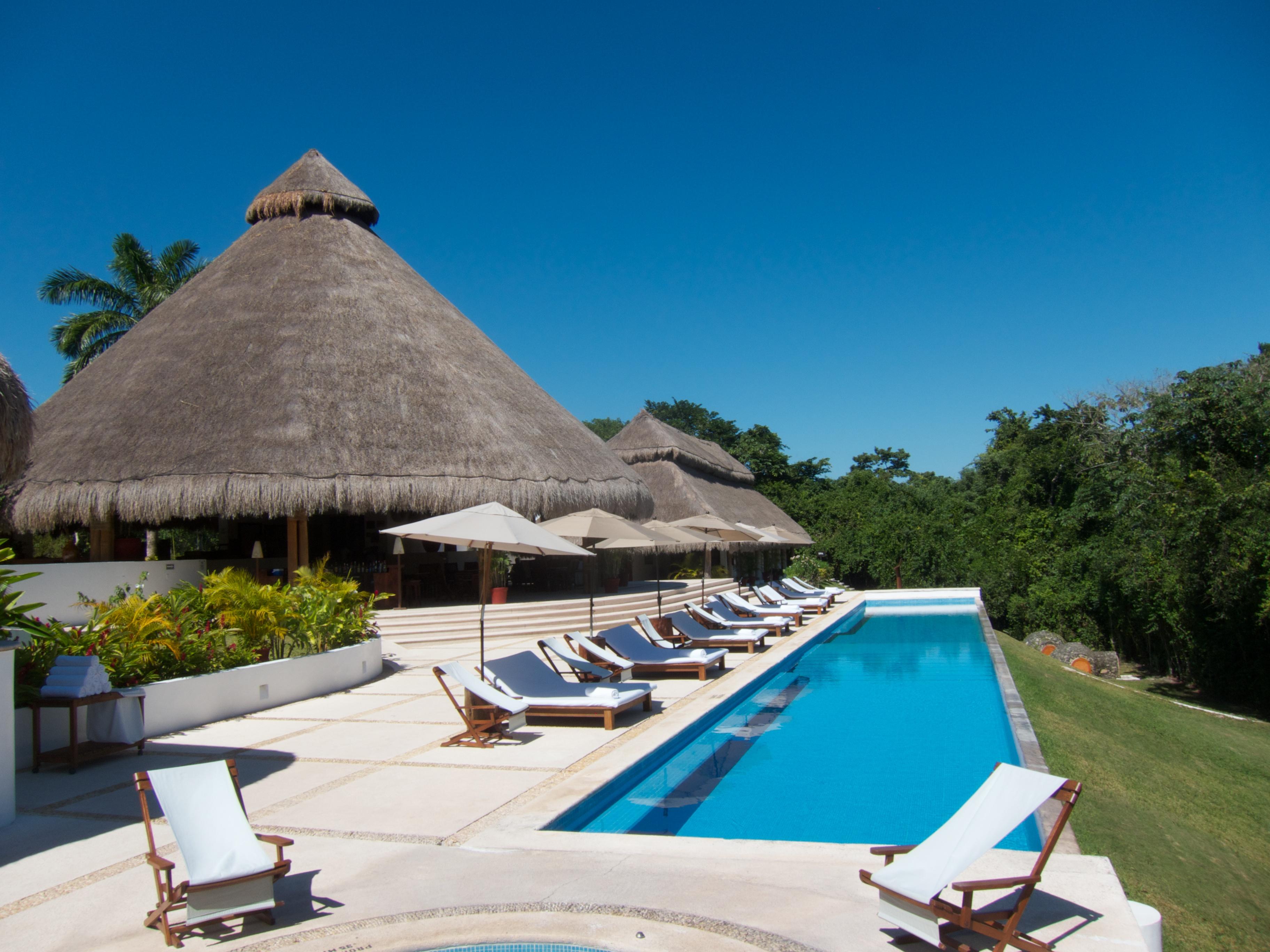 Hotel explorean kohunlich top travel spot for Americana hotel nyc