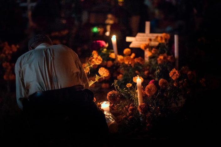 Dia de muertos cemetery Xoxotlan, Oaxaca